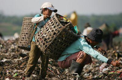 За рубежом: опасные профессии и детский труд